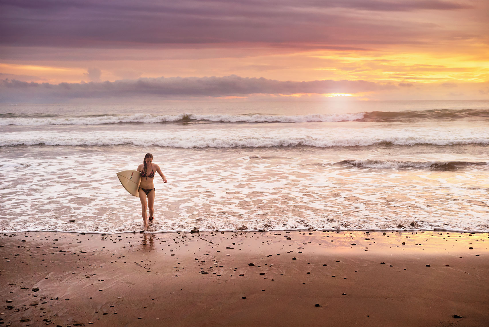costa_rica_surf_girl