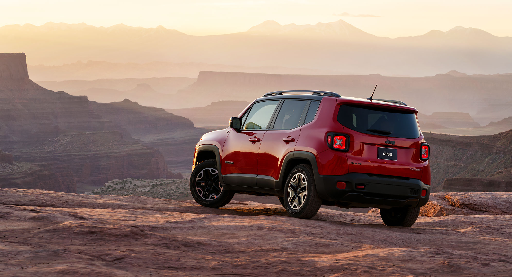 jeep_renegade_canyon_sunrise