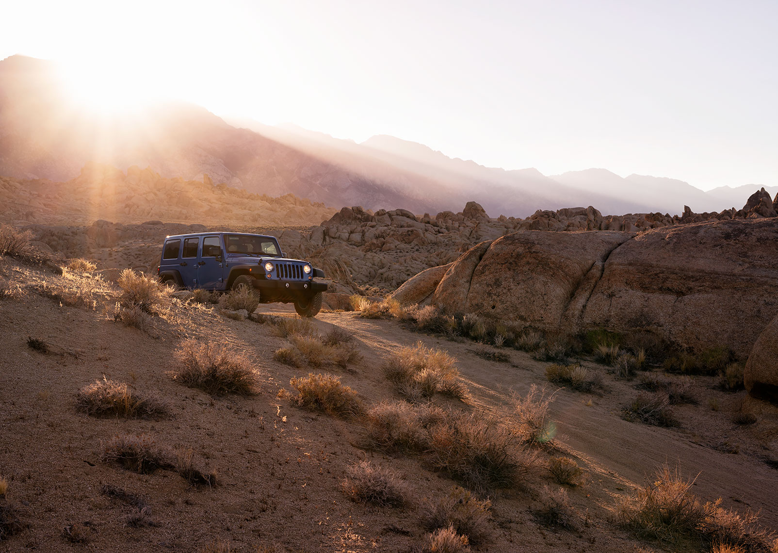jeep_wrangler_alabama_hills_wide