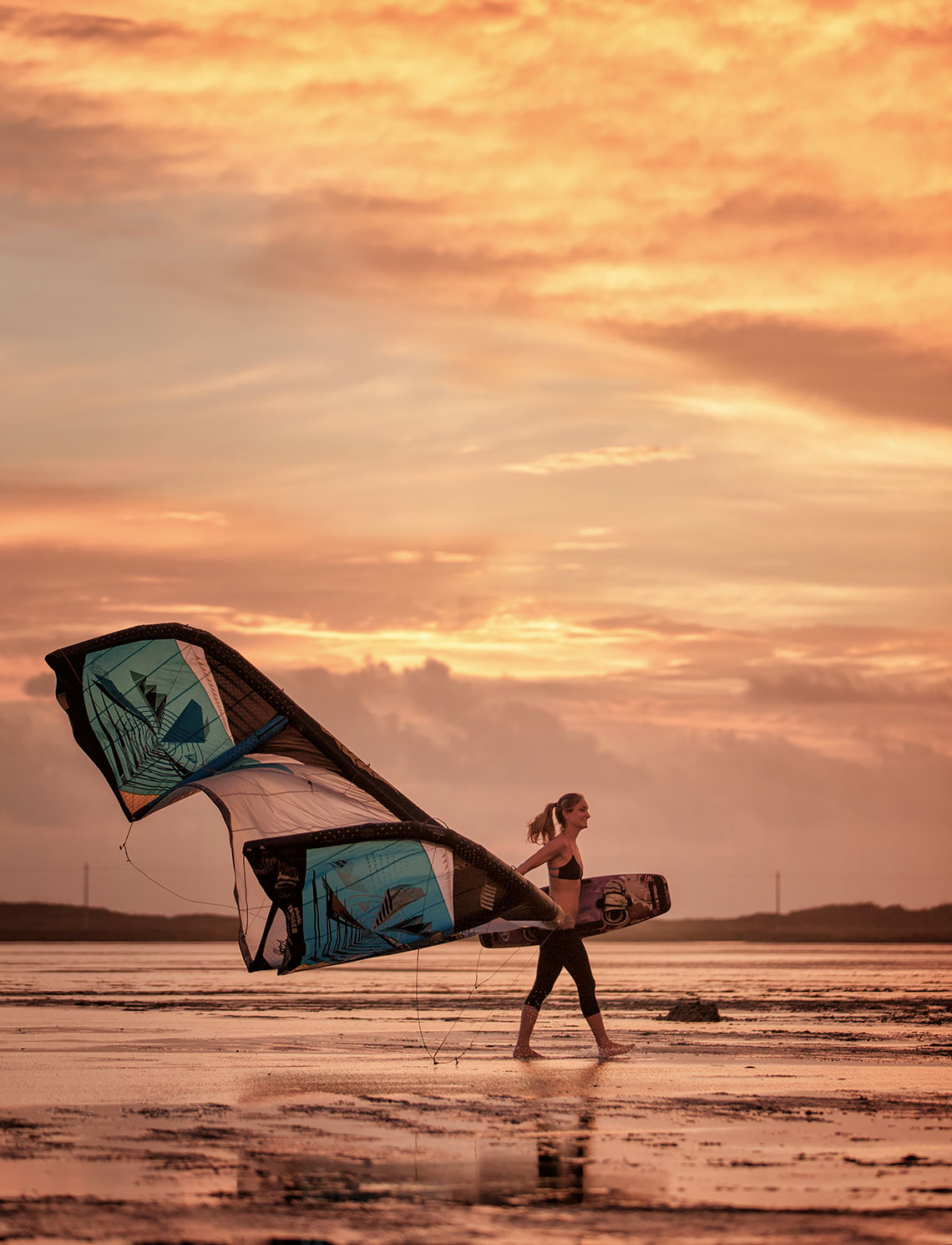 kite_board_sunrise